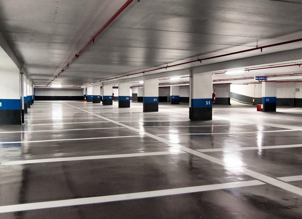 ¿Qué medidas de seguridad tienen un parking privado?